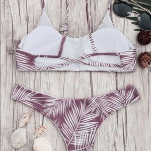 403266b0f8471 Zaful Swim - NWOT Palm Leaf Print Padded Bralette Bikini Set